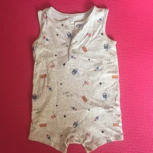 Old Navy romper for 6-12 months baby boy.